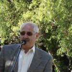 Bill addresses the congregation (2)